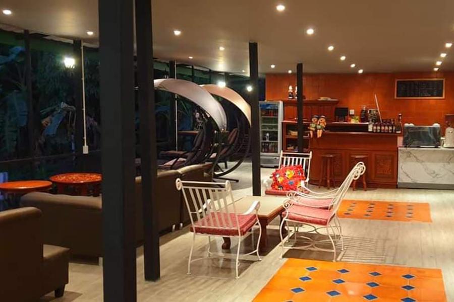 6 ร้านอาหาร + คาเฟ่ริมน้ำกลางสวน บรรยากาศชิลล์วิวปัง!