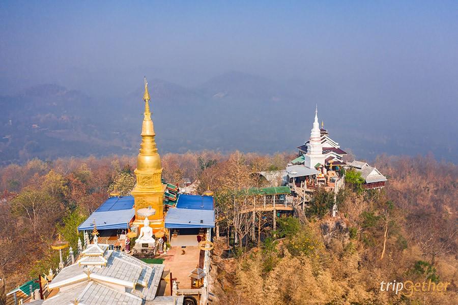 ชวนเที่ยว วัดพระพุทธบาทผาหนาม อิ่มบุญ ชมวิวสวยได้แบบ 360 องศา