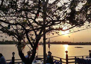 ร้านอาหารครูจุก ริมเจ้าพระยา – ปทุมธานี