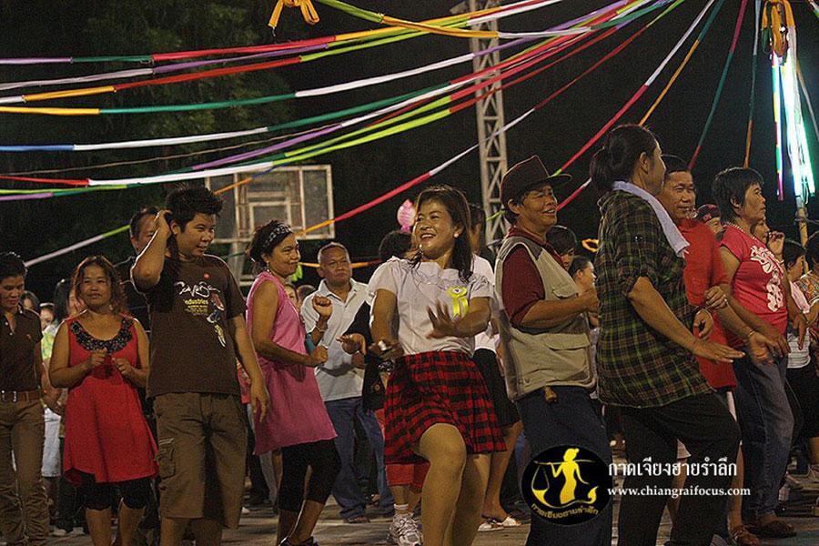 Chiangraiwalkingstreet-1