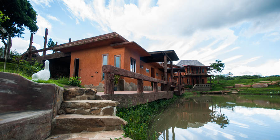 บ้านดิน วังน้ำเขียว
