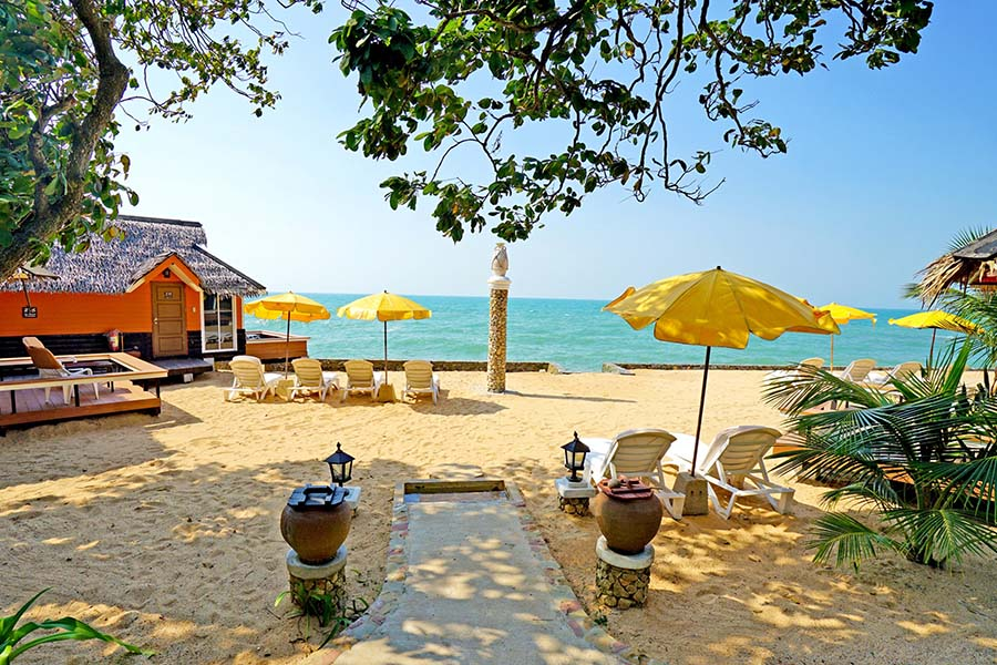 Sunset Village Beach Resort001