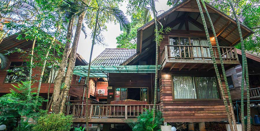 บ้านสวนริมน้ำโฮมสเตย์ – จันทบุรี